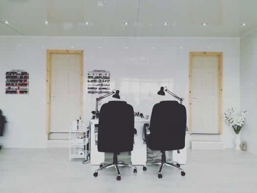 23 nail salon