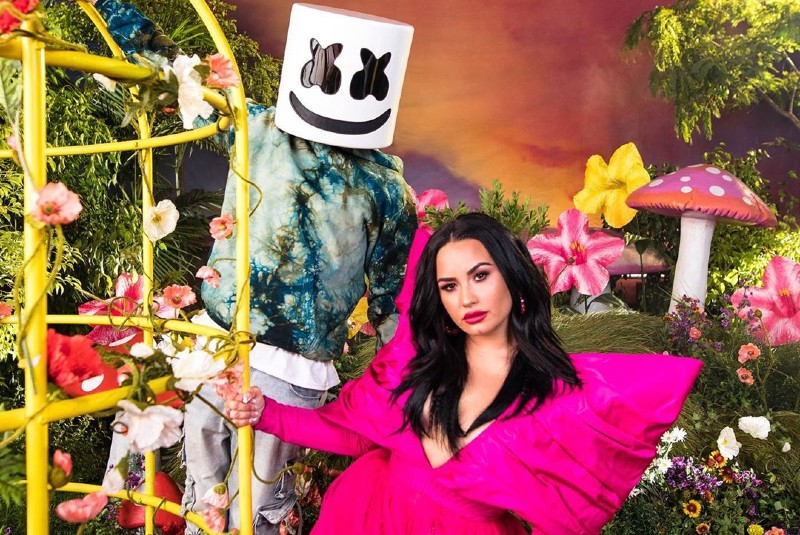 Marshmello & Demi Lovato lanzan su sencillo Ok Not To Be Ok (+video)   24 Horas