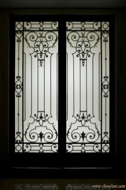 Wymiana drzwi wewnętrznych w domu i mieszkaniu