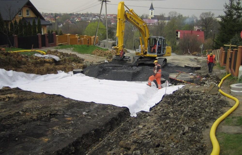 Wzmacniania struktury gruntu w budownictwie drogowym