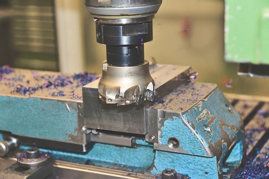Technika CNC – precyzyjna obróbka sterowana numerycznie