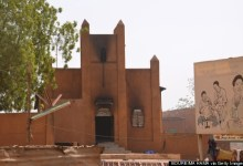 Photo of Niger Protesters Burn Churches On Second Day Of Anti-Charlie Hebdo Violence