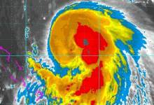 Photo of Hurricane Joaquin becomes Cat 2, Hits Bahamas