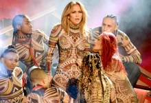 Photo of American Music Awards: J-Lo Dances, A Star Wars Tribute, And A Kiss