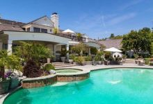 Photo of JLo's Hidden Hills Mansion Listed for $12.5 Million