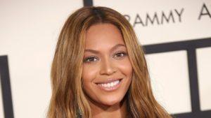 Beyonce Announces Scholarship for Black Women