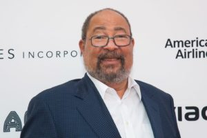 Les Moonves' replacement Richard Parsons steps down as CBS interim chairman after a month