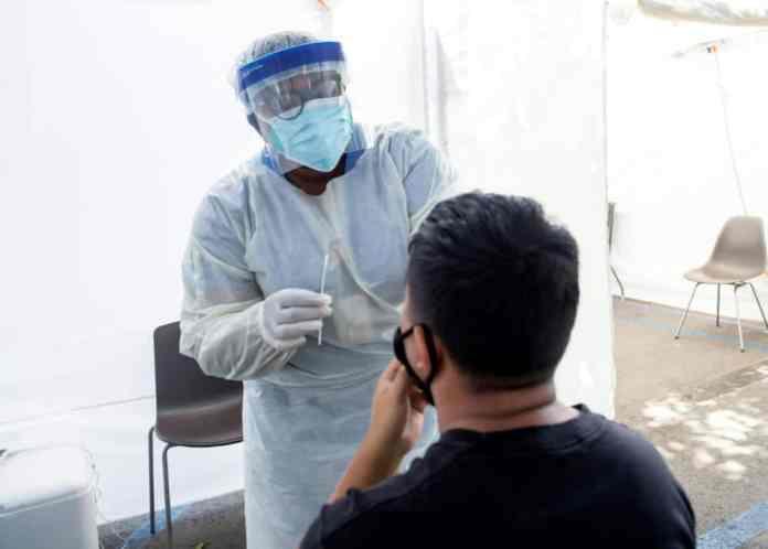Coronavirus: les restrictions reprennent de la vigueur dans le monde
