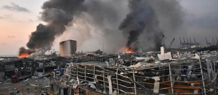 Liban: le gouvernement démissionne six jours après le drame