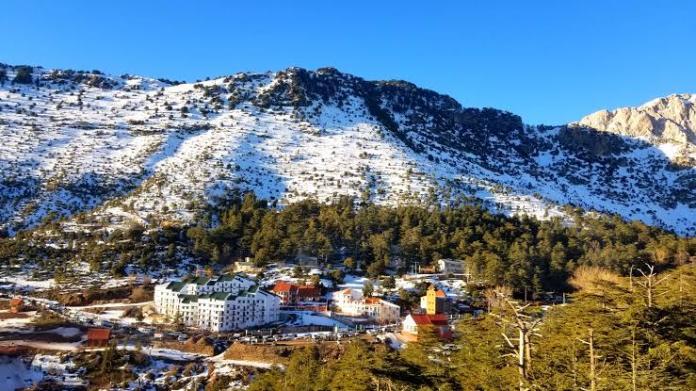Chutes de neige sur les reliefs de plus de 700 mètres au nord du pays