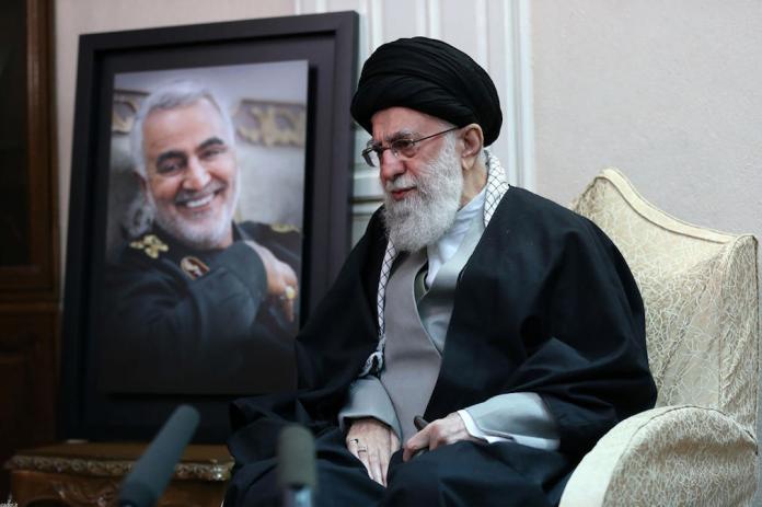Un an après l'assassinat de Soleimani, les tensions entre Washington et Téhéran montent d'un cran