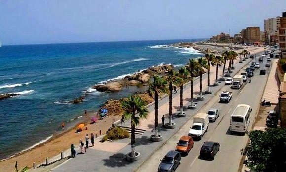 Le wali de Jijel a également décidé de prolonger les horaires d'ouvertures de certains commerce jusqu'à 21H des commerces et la réouverture des salles de sports, les lieux de loisirs et les plages.