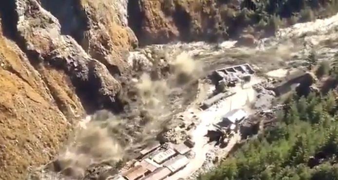 Inde: au moins 18 morts et 200 disparus après la rupture d'un glacier dans l'Himalaya