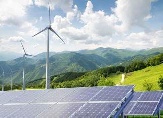 «La transition énergétique cest l'affaire de tous les départements ministériels et de la société algérienne, pas uniquement celle de son département», a affirmé ce matin le Pr Chems Eddine Chitour