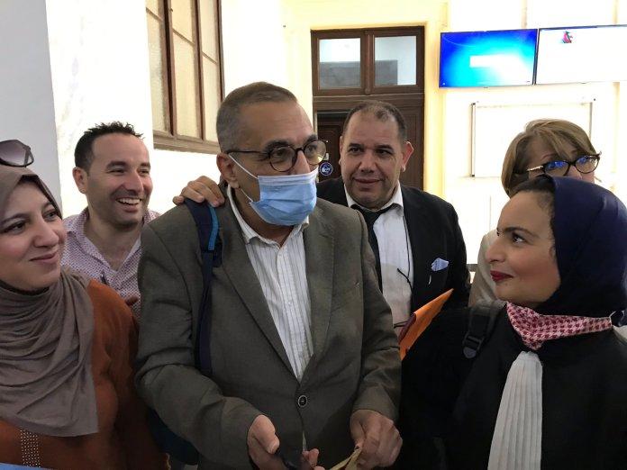 Ihsane El Kadi relâché du tribunal de Sidi M'Hamed