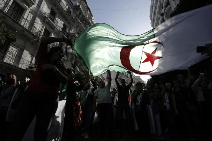 La nation algérienne en quête d'un nationalisme rénové