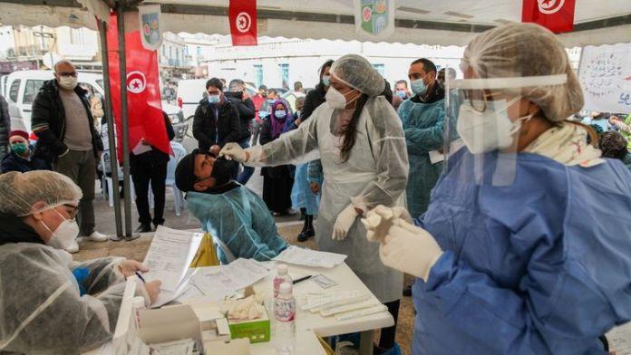 Covid-19: La Tunisie a le taux de mortalité le plus élevé de la région, selon l'OMS