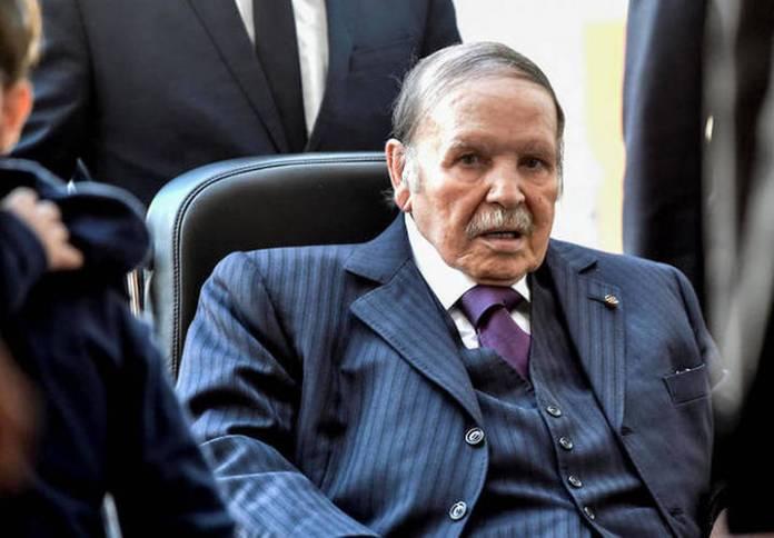 Bouteflika a aidé l'Algérie à sortir de la décennie noire, selon Washington