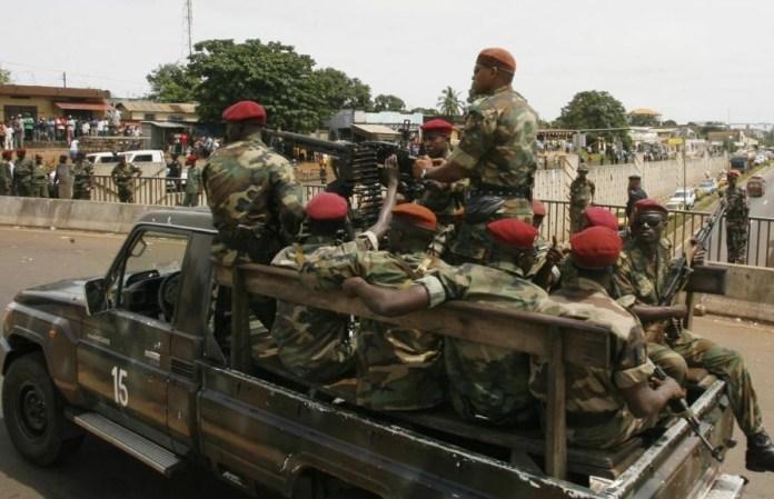 Guinée: coup d'État militaire en cours, des coups de feu