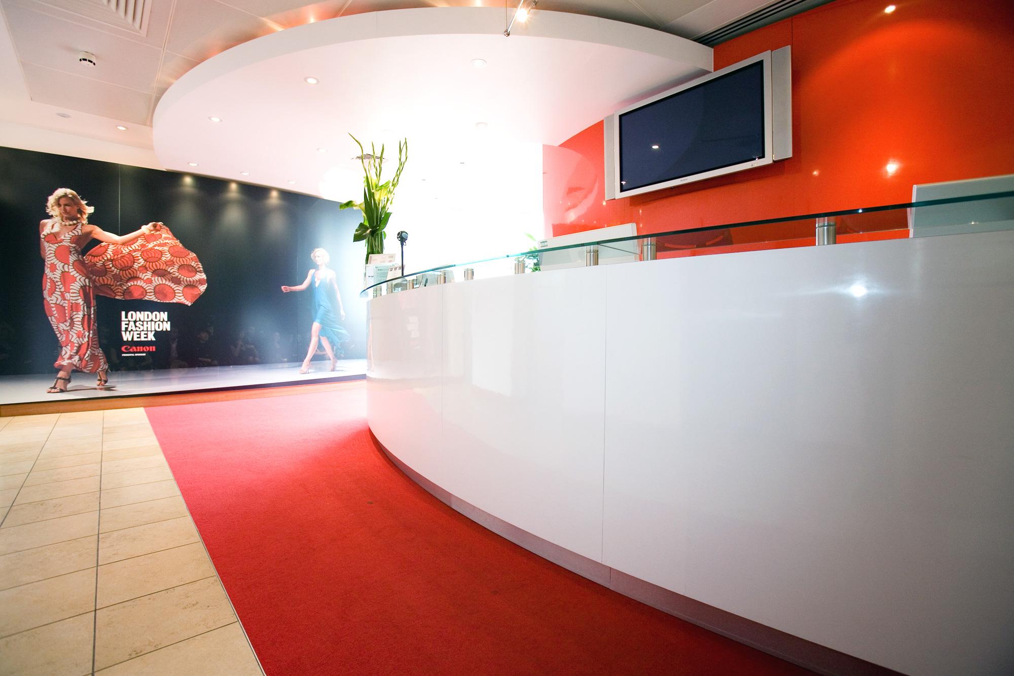 Showroom design for Canon