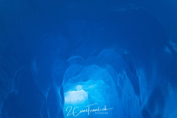 Eisgrotte im Rhonegletscher