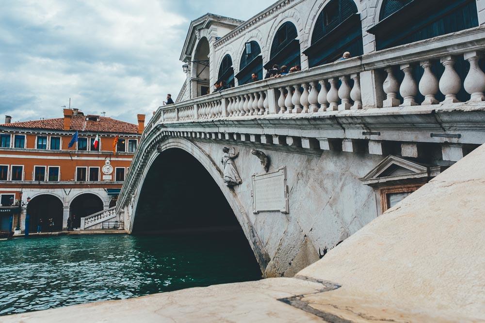 Cosa vedere a Venezia Rialto 2 Cuori in Viaggio