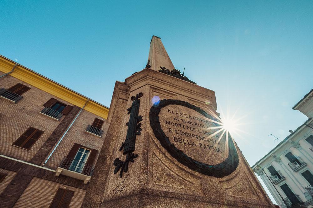 Alessandria cosa vedere Obelisco 2 Cuori in Viaggio