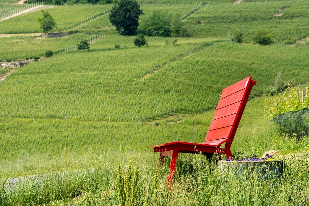 Panchina Gigante Rossa - La panca della serenità - La Morra