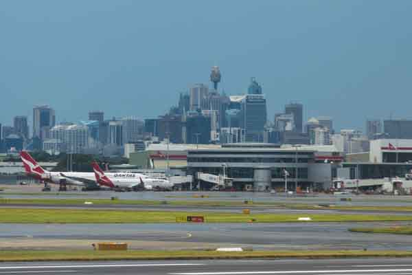 Wild winds cause major delays at Aussie air hub
