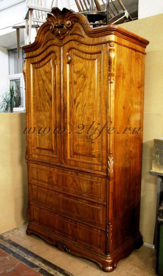 Бельевой шкаф вторая половина 19 века, дерево грецкий орех.