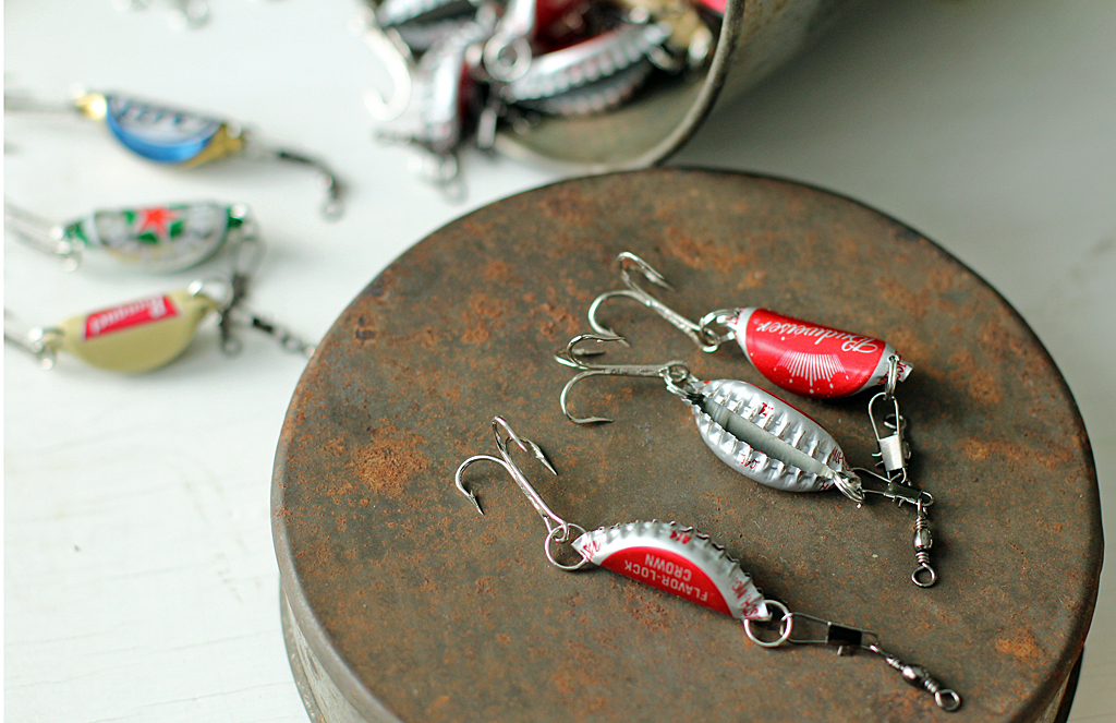 Handmade christmas gifts for men handmade fishing lure for Cool beer cap ideas