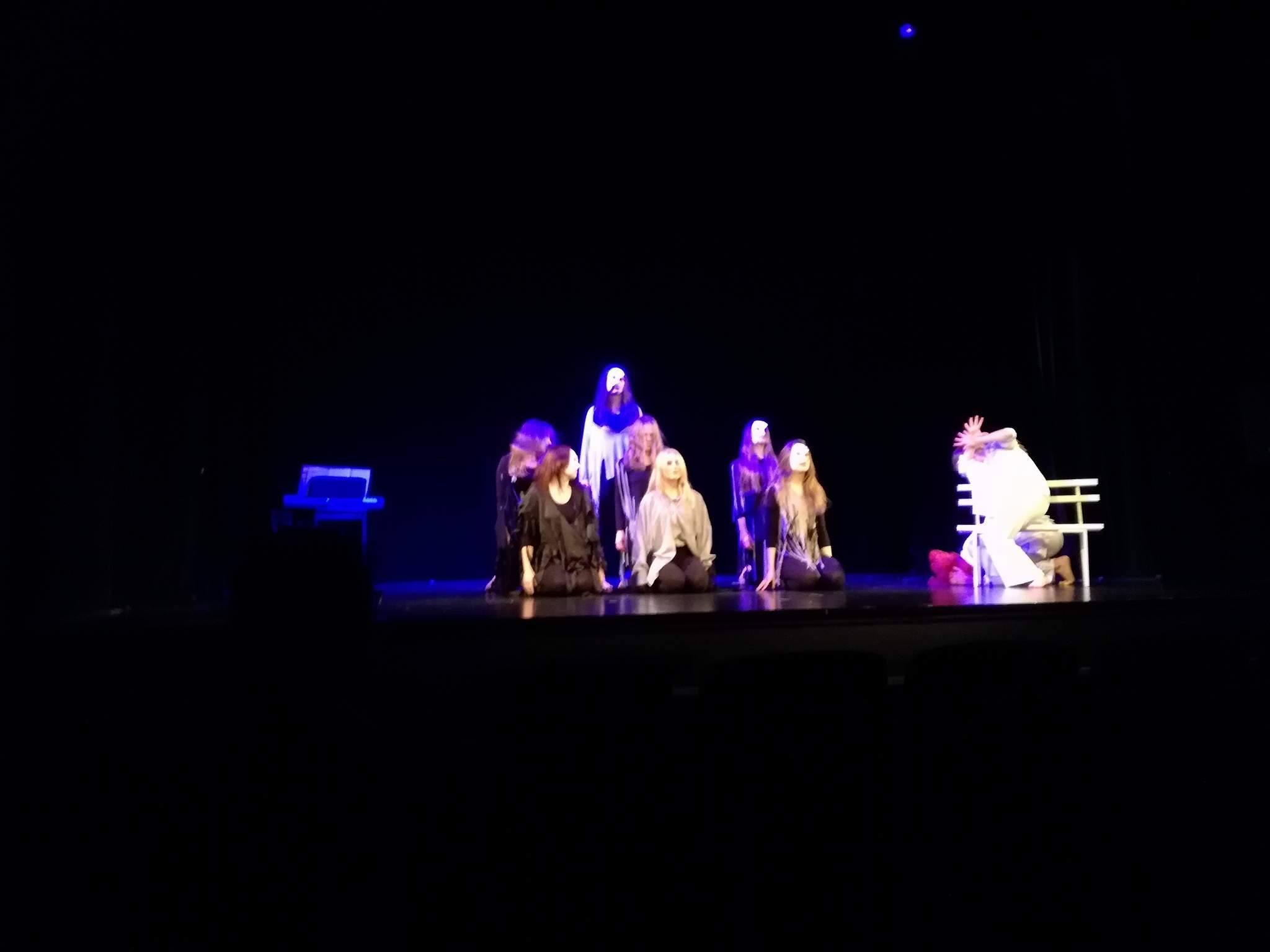 """Sukces spektaklu """"Mały Książę"""" na XVIII Festiwalu Szkolnych Teatrów Obcojęzycznych"""