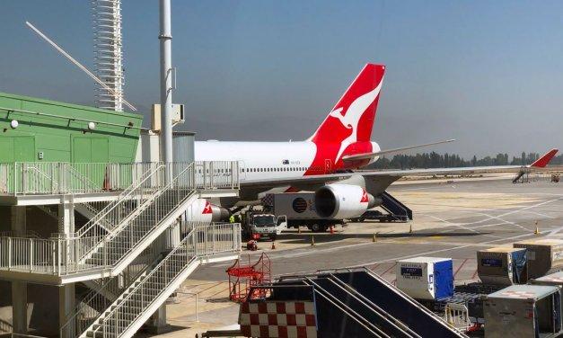 Qantas: crew test POSITIVE for COVID-19 – exempt from quarantine