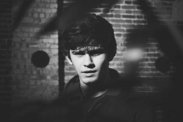 Teen portrait - boy (7)