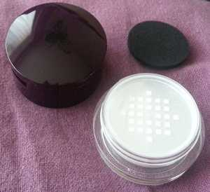 Wild About Beauty Smooth Cover Concealer in Medium - HD Powder in lower compartment