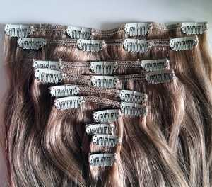 "Foxylocks Caramel Blonde #20 Deluxe 20"" Clip In Hair Extensions"