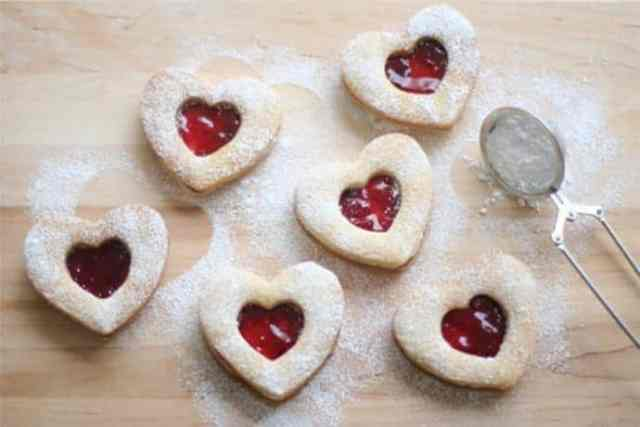 Heart-Shaped Valentine Linzer Cookies