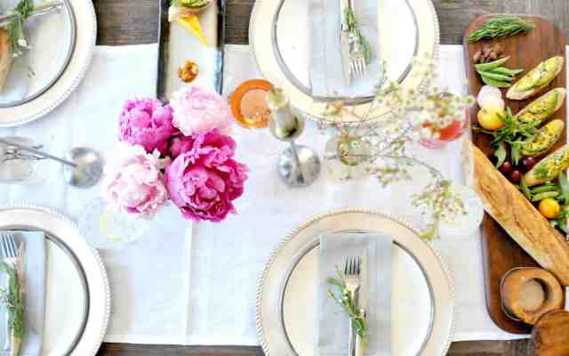 6 Tips for Easy Weekend Entertaining | 31Daily.com