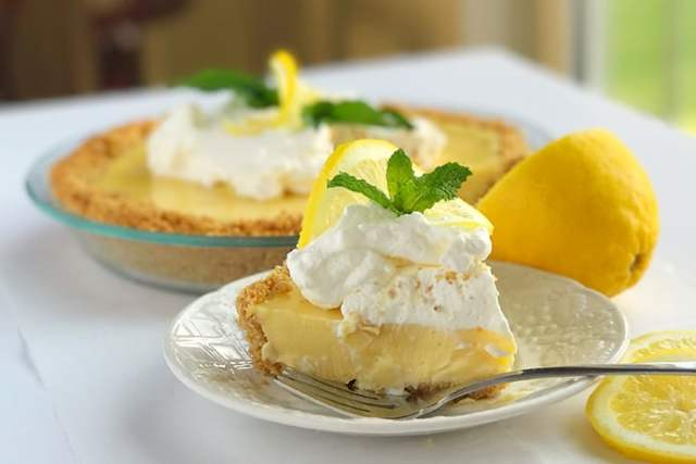 Simple Sweet and Zesty Lemon Icebox Pie