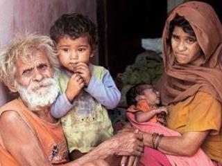 El matrimoni amb els seus dos fills. (Foto: India Today)