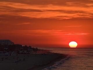 Sortida del sol a Calella. Autor: Tino Valduvieco