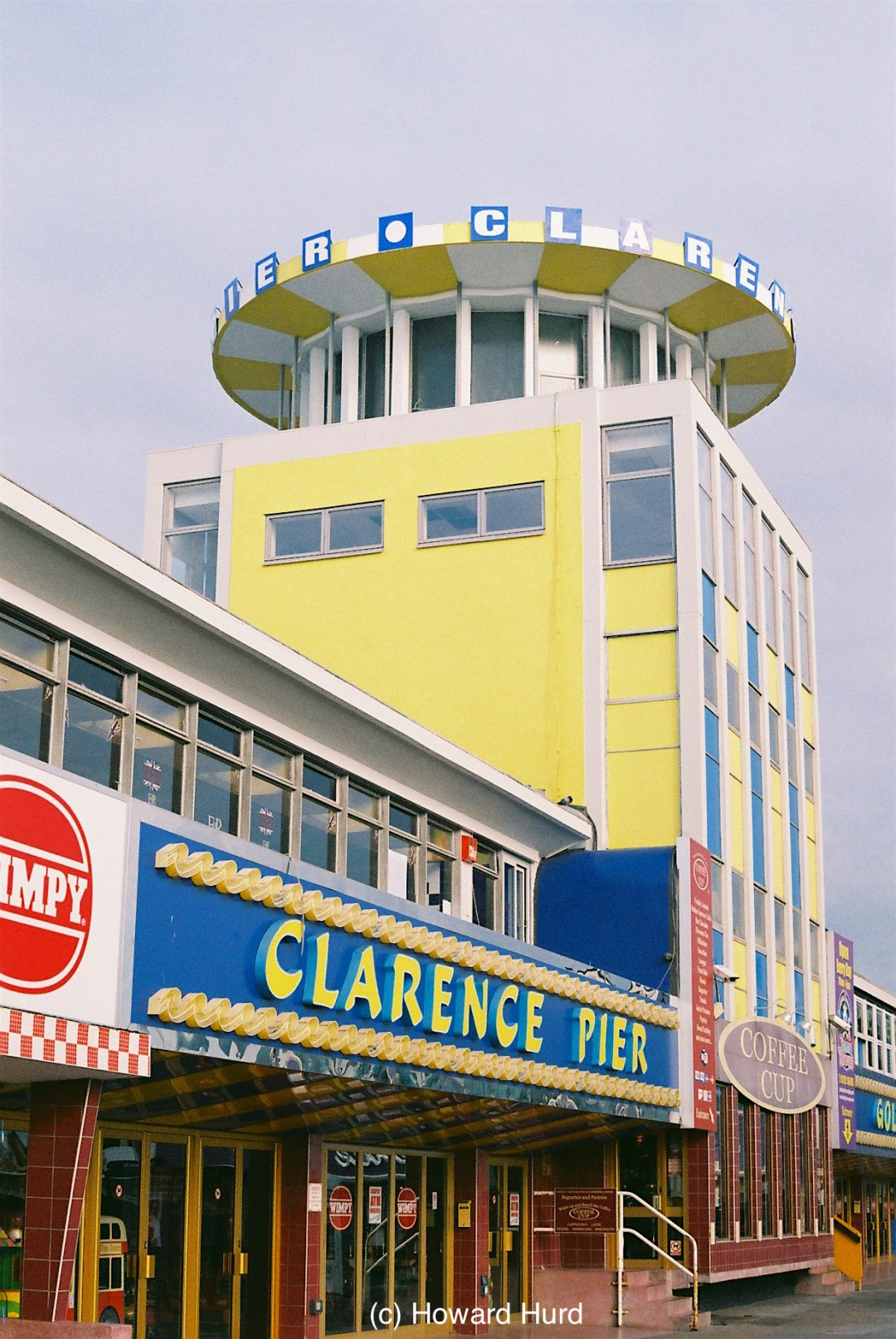 Clarence Pier in Southsea, UK - taken with Fed4 and Agfa VistaPlus at ISO200