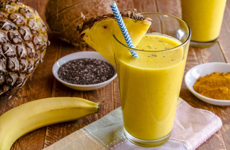 coconut-pineapple-smoothie