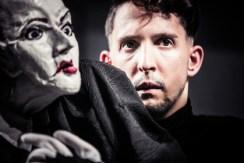 """""""Das Missverständnis"""" mit Figuren von und mit Nikolaus Habjan © www.lupispuma.at / Schauspielhaus Graz"""