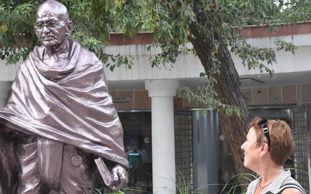 Gratulerer med dagen  – Gandhi – den lille store mannen