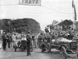Start of the 1914 Tourist Trophy