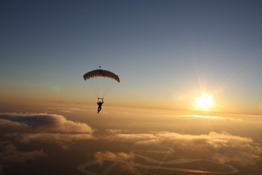 ROM-sunset-jump