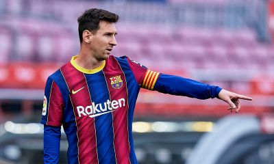 Lionel Messi signs new contract