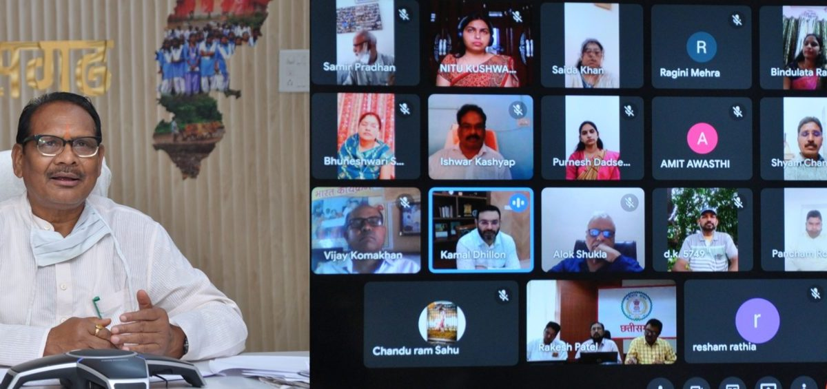रायपुर : मोहल्ला कक्षा लेने वाले 36-36 शिक्षक हर जिले में होंगे पुरस्कृत : स्कूल शिक्षा मंत्री की घोषणा