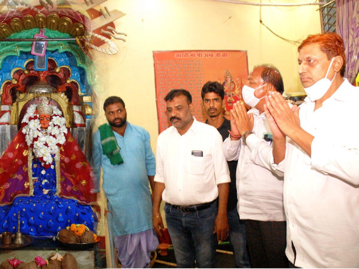 कवर्धा : मंत्री श्री अकबर भागवत कथा में शामिल हुए दंतेश्वरी मंदिर में की पूजा अर्चना